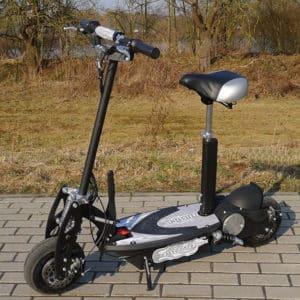 E-Scooter / Elektroroller mit Sitz